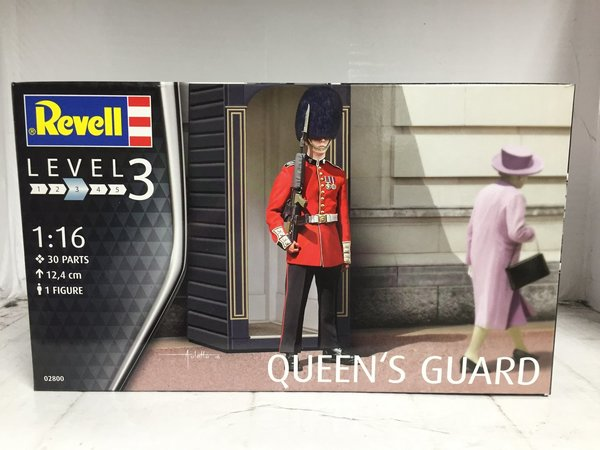 Revell Queens Guard 1:16 02800