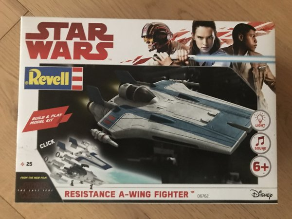 Revell Star Wars Build & Play Resistance A-Wing Fighter, Blue 06762