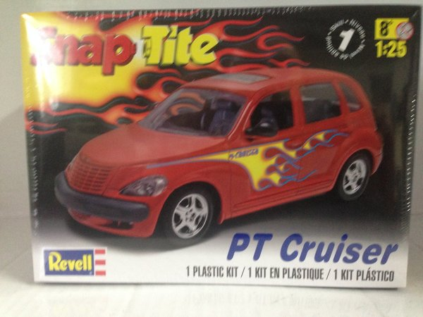 Revell 1/25 PT Cruiser Plastic Model Kit 85-1979