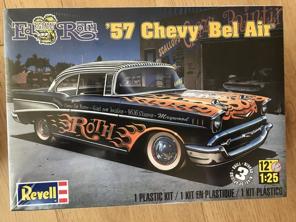 Revell US 1/25 '57 Chevy® Bel Air® Plastic Model Kit 85-4306