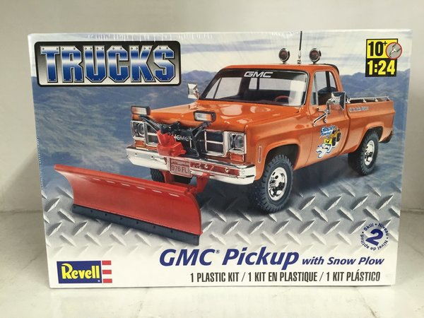 Revell 1/24 GMC® Pickup w/ Snow Plow Plastic Model Kit 85-7222