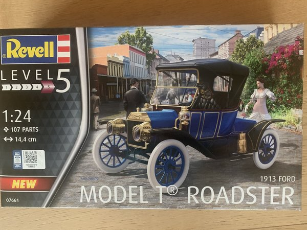 Revell Ford Model T Roadster 1:24 07661