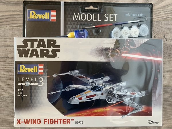 Revell Star Wars Model Set X-wing Fighter 1:57 66779